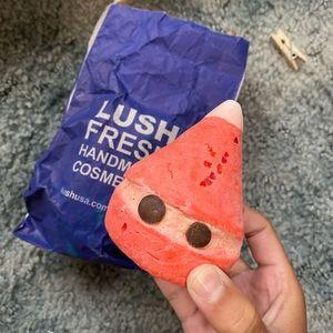 Lush Bathbomb